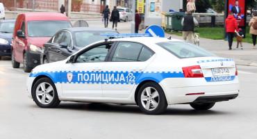 RACIJA POLICIJE Djevojke priznale prostituciju; Uhićeni i bivši robijaši