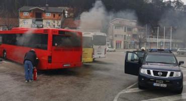 ŠIROKI BRIJEG Zapalio se autobus