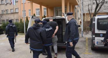 VLADA HNŽ Šokirana, i oglasila se samo po pitanju incidenta, o prosvjedu kao prosvjedu ni 'p'