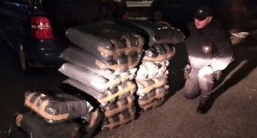 AKCIJA Između Konjica i Sarajeva zaplijenjeno 280 kg duhana