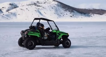 Pogledajte ludu vožnju po zaleđenom Blidnjskom jezeru i akciju izvlačenja džipa