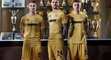 OBLJETNICA Hajduk predstavio nove dresove