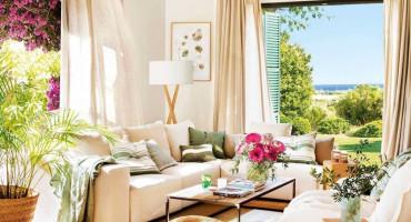 Ove slike dokazuju da je bijeli kauč ključ elegancije u dnevnom boravku
