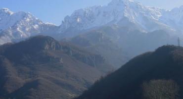 TRAGEDIJA NA PRENJU Poginuo jedan alpinist, GSS u akciji spašavanja drugog
