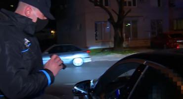 MOSTAR Izveo djevojku za valentinovo, pod utjecajem alkohola pokazao srednji prst policiji pa završio u postaji
