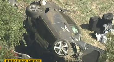 HITNO PREVEZEN U BOLNICU Legendarni golfer Tiger Woods doživio je tešku prometnu nesreću