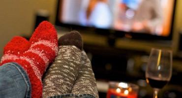 Romantična večera kod kuće najčešći način proslave današnjeg Valentinova