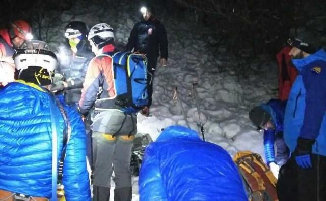 PRENJ Drugi alpinist spašen, uz pomoć helikoptera danas se nastavlja akcija izvlačenja tijela smrtno stradalog