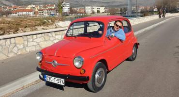 Živio i radio u Americi, vratio se u Hercegovinu i ispunio svoj dječački san - voziti Fiću