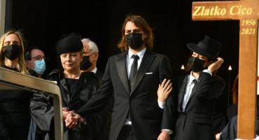 Zlatko Kranjčar sahranjen uz omiljene popevke, Niko u suzama čitao pismo ocu