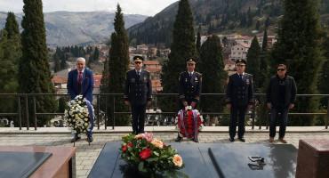 GODIŠNJICA Polaganjem cvijeća u Mostaru i Sarajevu, FUP odao počast Jozi Leutaru