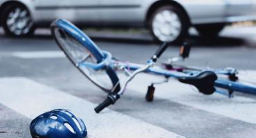 ŠIROKI BRIJEG Mostarskog biciklistu udario Mercedesom te pobjegao s mjesta nezgode