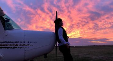 BILJANA ABULA Zrakoplovi su njezina strast, radi kao stjuardesa, a danas je i licencirani pilot