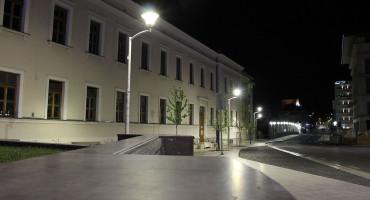 MOSTAR U noćnoj šetnji pustim ulicama grada