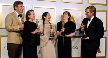 "OSCAR Najbolji film ""Zemlja nomada"", Frances McDormand i Anthony Hopkins najbolji glumci"