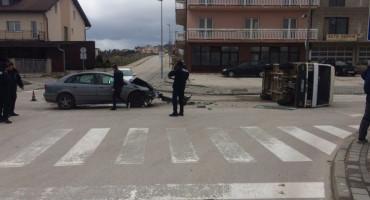 TOMISLAVGRAD U teškoj prometnoj nesreći ozlijeđene dvije osobe
