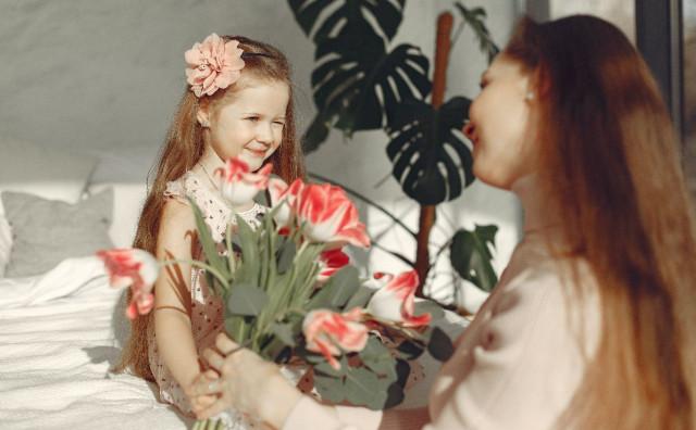 MAJČIN DAN Probudite uspavanu ljubav prema majkama