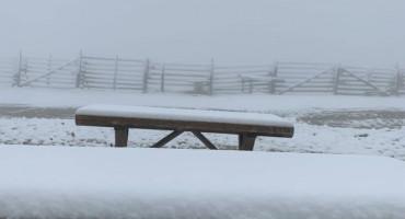 BIJELI SE BJELAŠNICA Osvanuo snijeg na samom kraju svibnja
