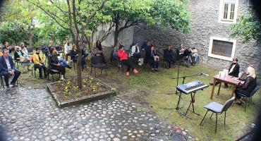 MOSTAR Promovirana zbirka poezije štićenice Los Rosalesa