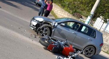 MOSTAR U sudaru dva vozila teško ozlijeđena jedna osoba