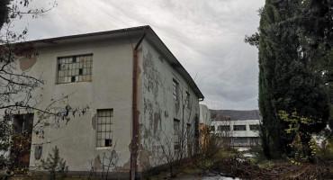 Opasni kemijski otpad u Rodoču nema tko ukloniti