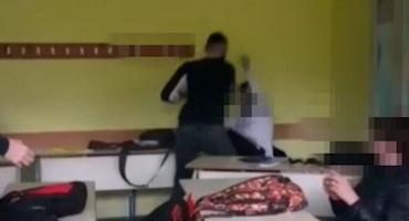 Donosimo jeziv snimak vršnjačkog nasilja iz Mostara koji nigdje nije objavljen
