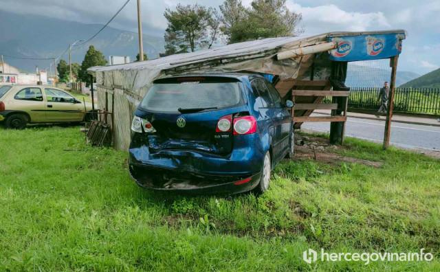 U težoj prometnoj nesreći kod Mostara ozlijeđene četiri osobe