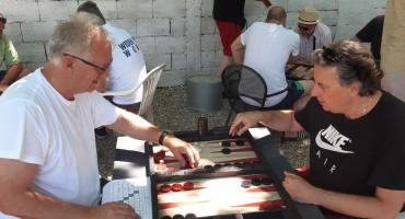 Održan drugi ljetni tavla turnir u Mostaru, pobjednik Draženko Vučina