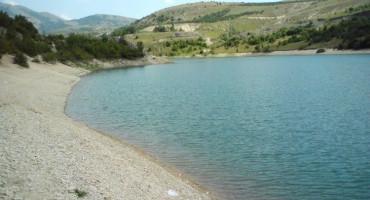 Iz jezera kod Livna izvučeno tijelo utopljenika