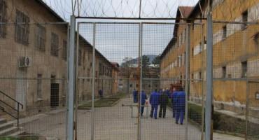 BIJEG IZ KPZ ZENICA Zatvorenik preskočio ogradu i pobjegao