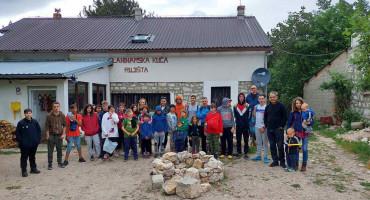 Djeca učila o osnovama planinarstva