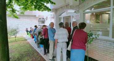 Započelo masovnije cijepljenje starije populacije Mostara