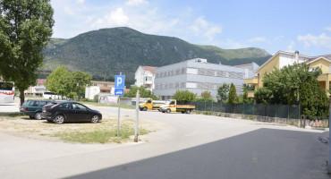 VRZINO MOSTARSKO KOLO I stanari Vukovarske podnijeli kaznenu prijavu, ista meta - Grad