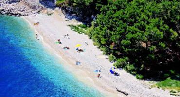 Nugal je trenutno jedna od najpopularnijih plaža Makarske rivijere