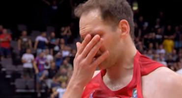 """BOGDANOVIĆ PLAKAO NAKON UTAKMICE """"Uvijek ću se odazvati, jedini cilj u košarci mi je osvojiti medalju s reprezentacijom"""""""