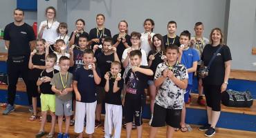 CRO STAR Iz Mostara otišli u Posušje i 'uzeli' 39 medalja