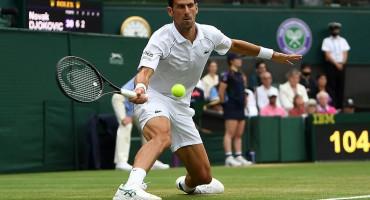 RUTINSKI Novak Đoković u četvrtfinalu Wimbledona