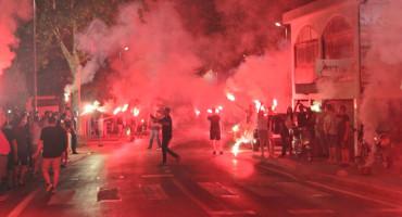 """Navijači Hajduka """"zapalili"""" Čitluk"""
