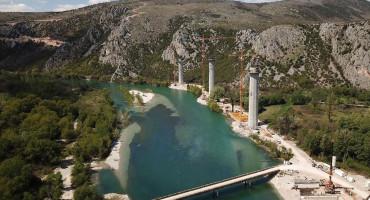 SATTLER SA ČELNIM POLITIČARIMA Europljani požuruju izgradnju autoceste kroz BiH