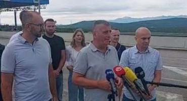 """MOST i HRS """"Hrvatska se prema Hrvatima u BiH ponaša kao prema Indijancima u rezervatima"""""""