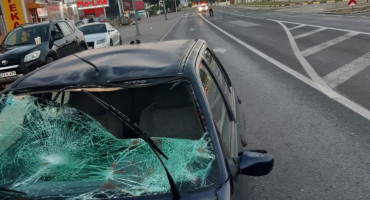 Automobil udario maloljetnika na Bišću polju, zadobio je teške tjelesne ozljede
