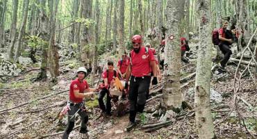 NOĆNI POZIV - GSS izvukao ozlijeđenog Rusa s planine kod Livna