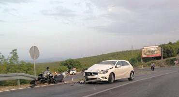 MOSTAR-ČITLUK Motociklist teško ozlijeđen u sudaru s osobnim vozilom
