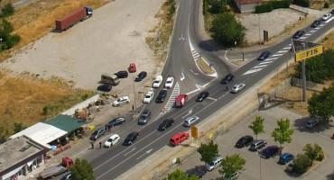 MOSTAR Sudar dva osobna i vatrogasnog vozila, jedna osoba ozlijeđena