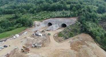 RADOVI Probijena lijeva cijev tunela Ivan