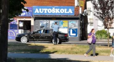 Sjekirom šefu uništio automobil jer mjesecima nije dobio plaću?