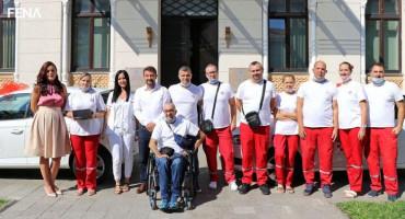 MOSTAR Dom zdravlja dobio nova vozila za liječenje i palijativnu njegu