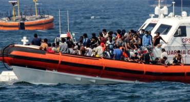 PREKO 50 MIGRANATA Brodica deset dana plovila bez hrane i vode; ima preživjelih