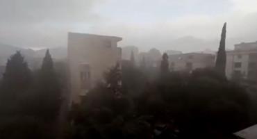 Nakon dužeg vremena obilan pljusak u Mostaru