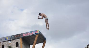Rhiannan Iffland i Gary Hunt su pobjednici Red Bull Cliff Divinga u Mostaru